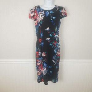 Betsey Johnson Floral cap sleeve Sheath Dress Sz 8